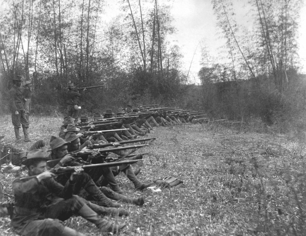 Pasign. Oregon Volunteer Infantry on firing line, March 14, 1899. (Army) NARA FILE #: 111-RB-1327 WAR & CONFLICT #: 311