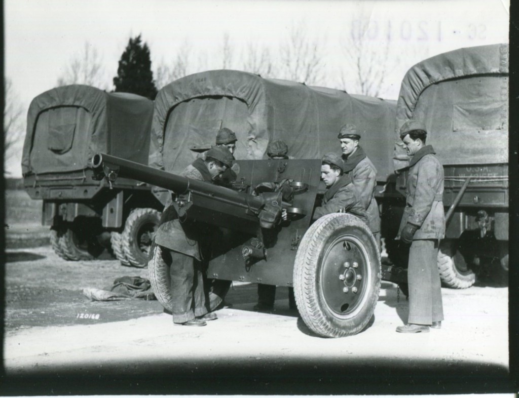 Us And German Field Artillery In World War Ii: Aparison