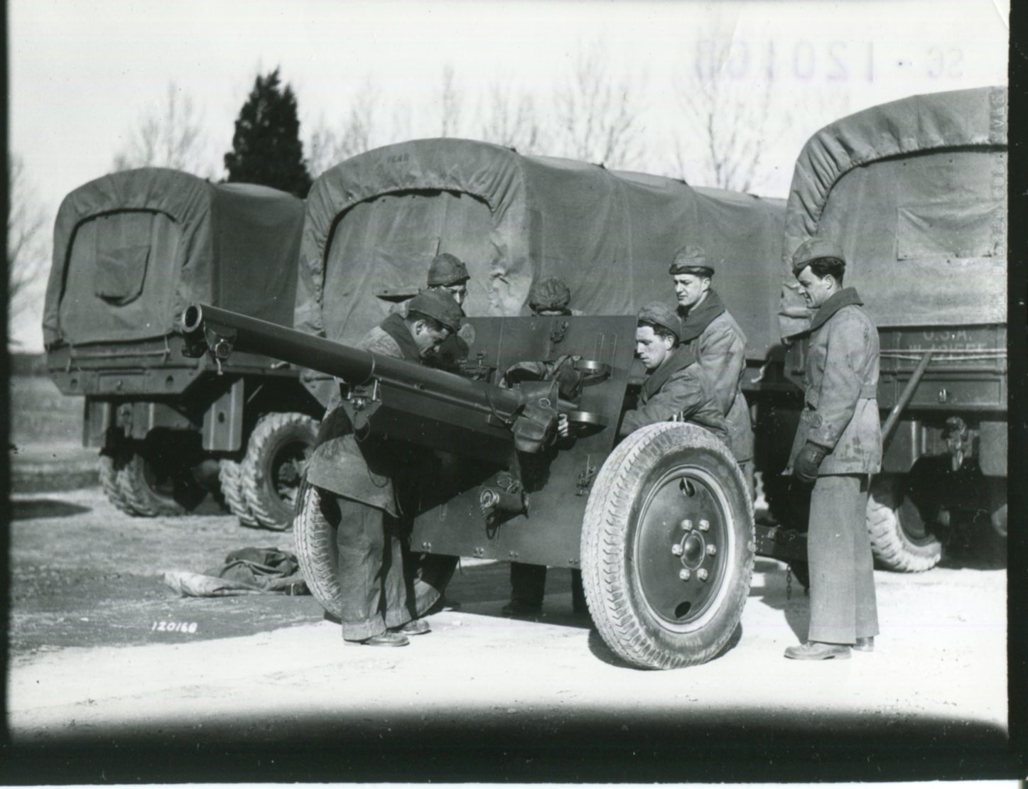 U S And German Field Artillery In World War Ii A