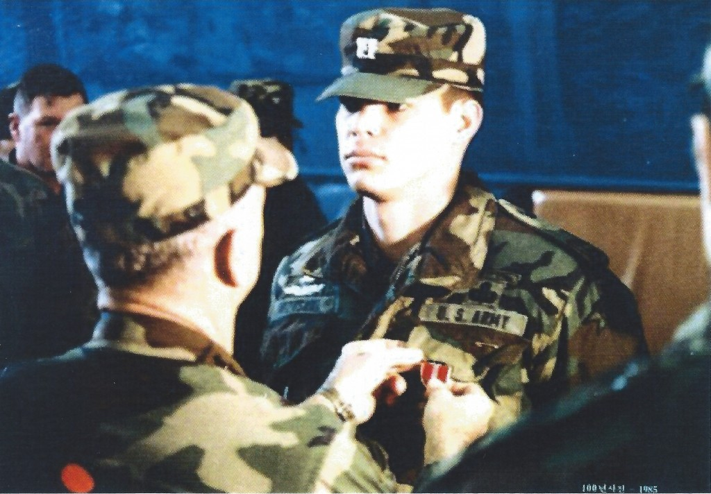 General William J. Livsey decorates then-Captain Bert K. Mizusawa with the Bronze Star Medal shortly after the JSA firefight. (Major General Bert K. Mizusawa)